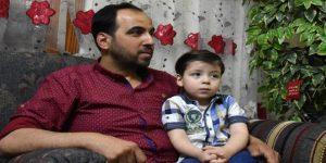 Vater von Umrân-Daqnîsh mit Sohn, Photo: SANA