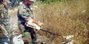 Minensuche und -Beseitigung durch die SAA, Photo: SANA